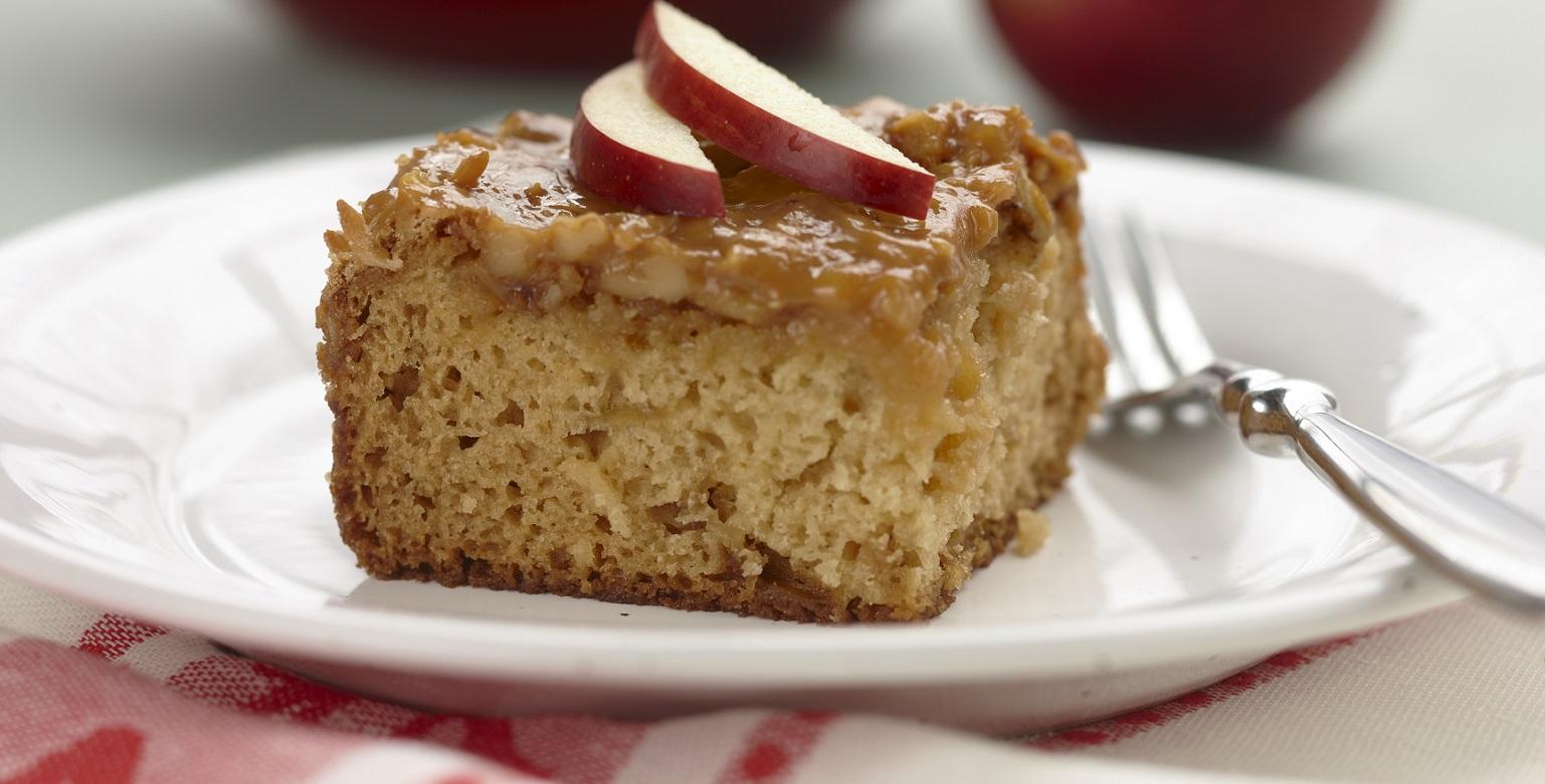 Voir la recette - Gâteau collant au caramel et aux pommes