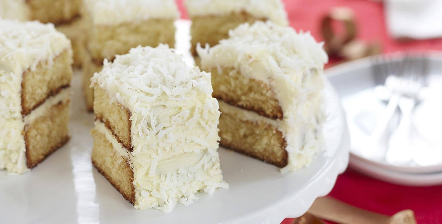 Voir la recette - Gâteau étagé au chocolat blanc et à la noix de coco