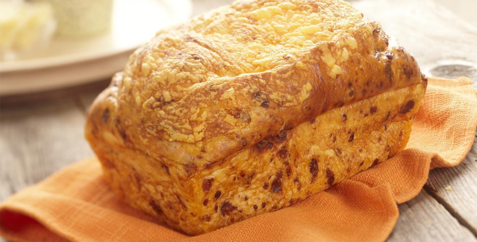 Voir la recette - Pain au fromage et à l'oignon (petite miche)