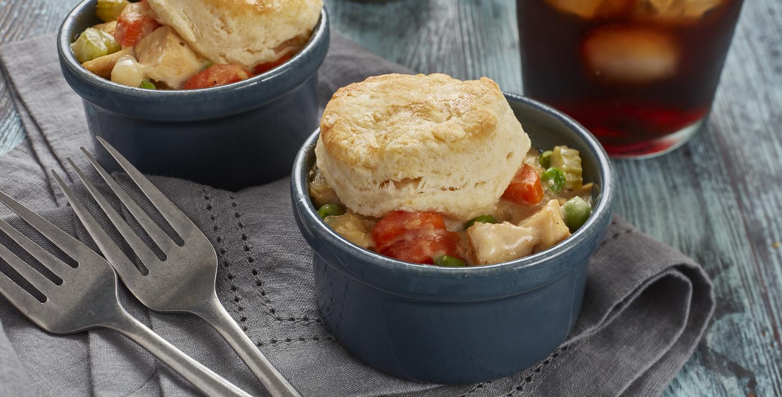 Voir la recette - Pâté au poulet recouvert de biscuit