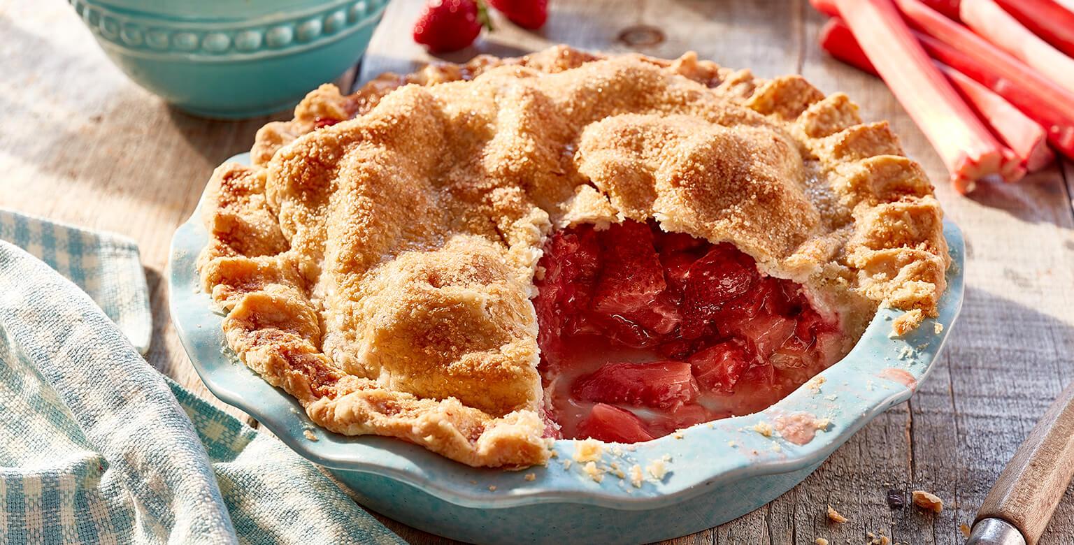 Voir la recette - Tarte aux fraises et à la rhubarbe